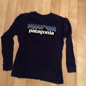 Patagonia logo long sleeve shirt top medium